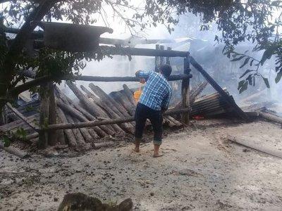 Una vivienda se incendió en Puerto Casado