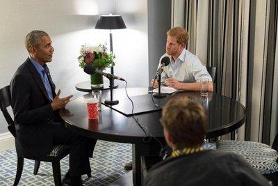 Obama insta a no dividir la sociedad con sesgos de internet