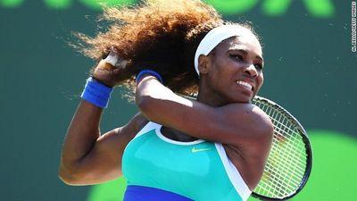 Serena Williams pierde en Abu Dabi en su regreso tras maternidad