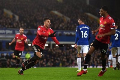 United se reencuentra con el triunfo ante Everton