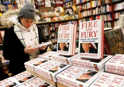 Libro sobre presidencia de Trump se agotó en horas