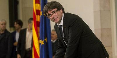 Separatistas catalanes acordaron reelegir a Puigdemont como presidente regional