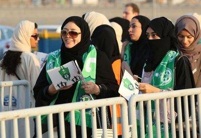 Mujeres sauditas presenciarán por primera vez un partido de fútbol en directo