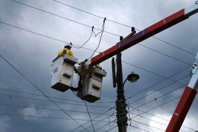 Tormenta dejó sin energía eléctrica a varias zonas del área metropolitana
