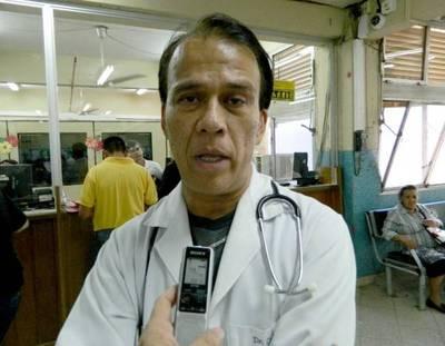 Ordenan captura de médico Carlos Cubas por violencia doméstica
