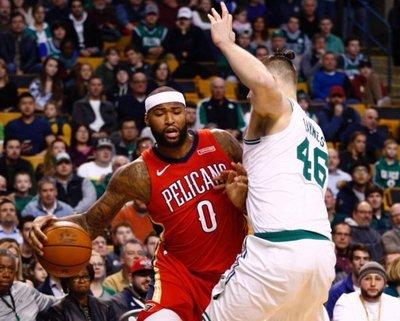 Pelicans con Davis sorprenden a Celtics