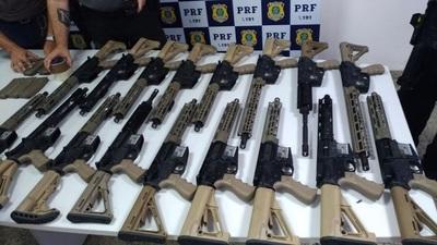 Sargento es detenido con 19 fusiles y 41 pistolas llevadas de Foz de Yguazú