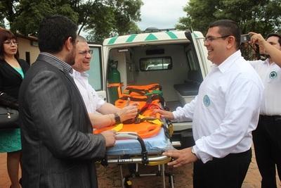 Entregan ambulancia con terapia para la lll Región Sanitaria
