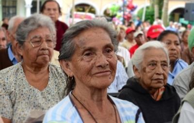 Adultos mayores, los más beneficiados con pensiones en el 2017