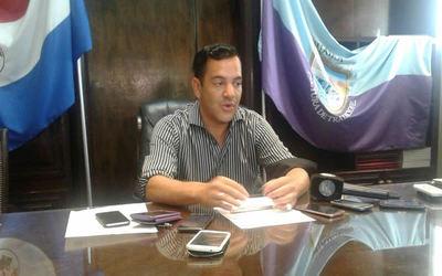 Rodolfo Friedmann presentó su renuncia como gobernador