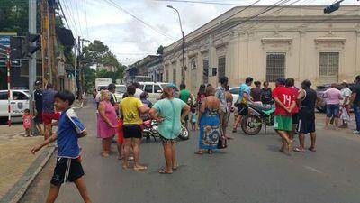 Damnificados de la Chacarita reclaman ayuda