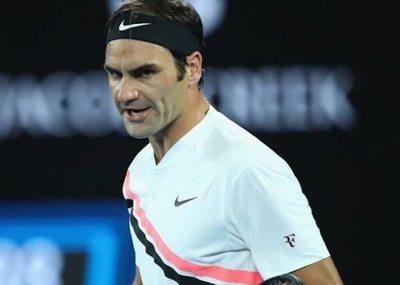 Federer pasó a octavos de final en Melbourne