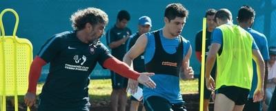 Rojas y Novick se suman a la práctica