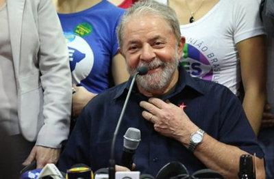 """Lula presume de ser """"el presidente más votado de la humanidad"""""""