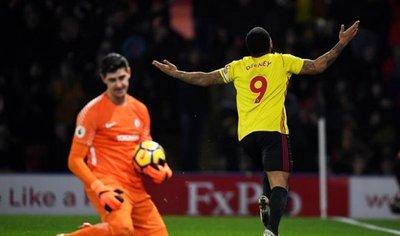 El Watford agudiza la crisis del Chelsea