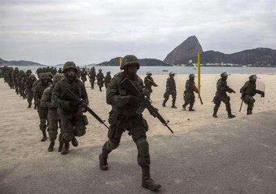Temer entrega seguridad de Río de Janeiro a militares