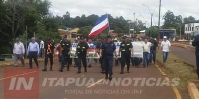 EDELIRA: MANIFESTACIÓN EXIGIENDO ASFALTADO DE UN TRAMO DE 40 KM.