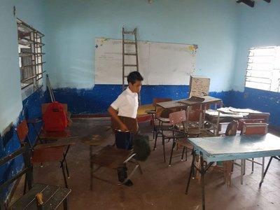 Al menos 300 escuelas en situación crítica