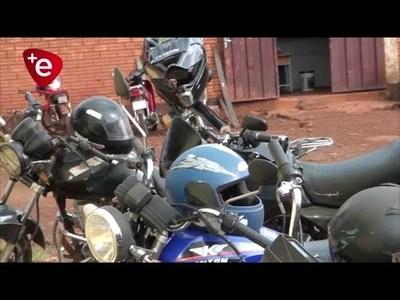 MOTOCICLETAS SIN LUZ: PELIGRO MORTAL EN CAMBYRETA