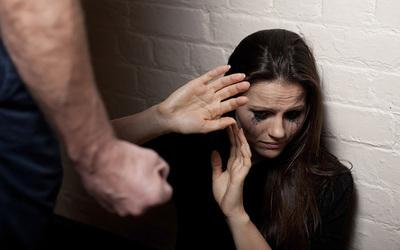 Denuncian cajoneo de expediente en un caso grave de violencia familiar