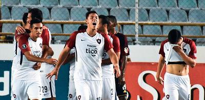 Cerro Porteño se mete de nuevo en el torneo local