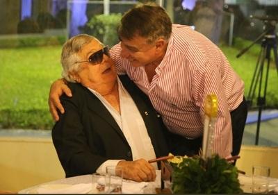 Domínguez Dibb causó furor en homenaje a campeones del mundo