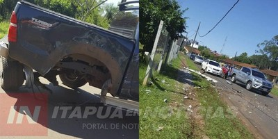 ENCARNACIÓN: EBRIO AL VOLANTE DESTROZÓ CAMIONETA CONTRA UNA COLUMNA