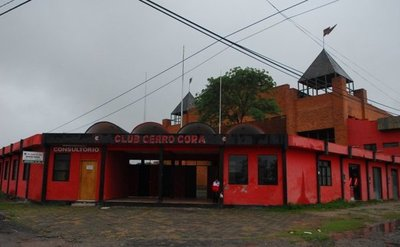 Comuna logra desalojar predio del club Cerro Corá