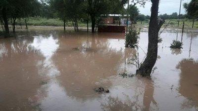Casas bajo agua en Cruce Pioneros