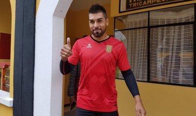 Ever Caballero es refuerzo de un equipo que juega la Libertadores