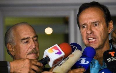 Cuba deporta a 2 expresidentes y cierra puertas a jefe de OEA