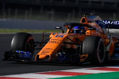 Alonso y Sainz, con problemas mecánicos