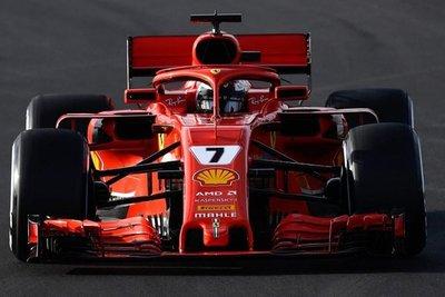Ferrari mostró las garras