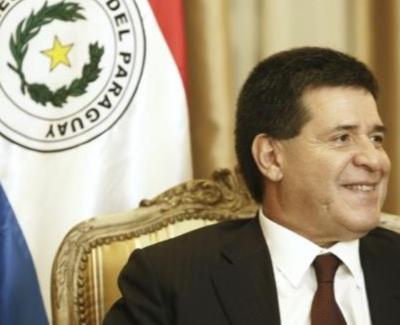 Por Twitter, Cartes felicitó asunción del presidente Piñera