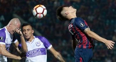Cerro Porteño vence en el descuento