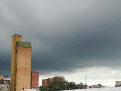 Pronostican jornada calurosa y con tormentas
