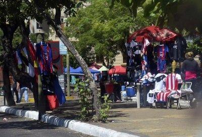 Palma se deteriora ante invasión de vendedores