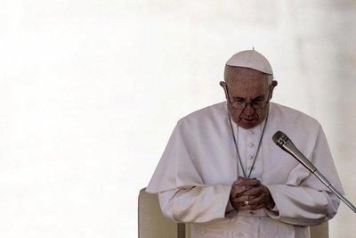 Papa se disculpa con los argentinos