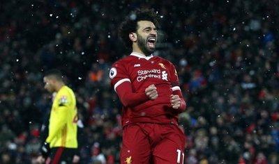 Salah lleva al Liverpool a la tercera plaza en la Premier