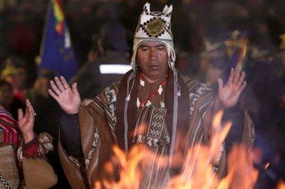 Traducen Constitución Política boliviana al guaraní