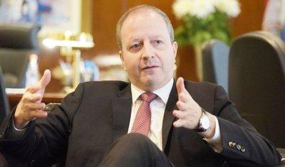 Presidente  del BCP: El ajuste salarial estaría en  4%