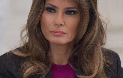 Melania Trump lanza campaña contra acoso en Internet