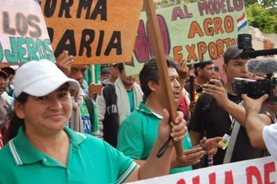 Llegan los campesinos para la marcha anual