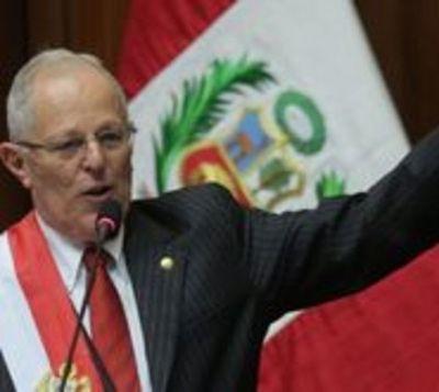 Medios peruanos hablan de la renuncia de PPK tras un escándalo