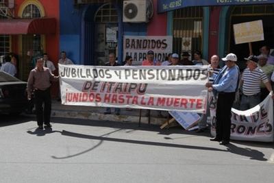 Denuncian nuevo atropello a la Caja de Jubilación de Itaipu