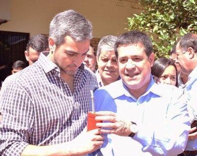 """Marito: """"senadores vitalicios"""""""