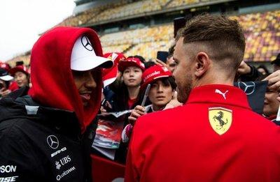 """Hamilton: """"No puedo perder más frente a Vettel"""""""