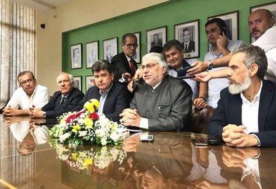 Lugo impedirá el juramento de Nicanor, Cartes y Afara