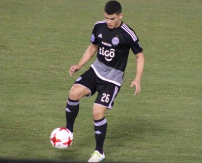 Más clubes sondean por el joven Sánchez