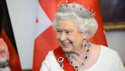 Reina Isabel II cumple 92 años y lo celebrará en concierto
